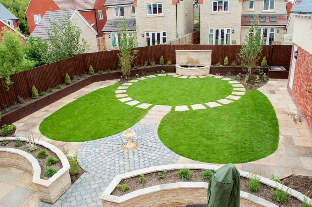 curved-garden-design